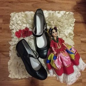 Other - FOLKLORIKO DANCE SHOES.🌹